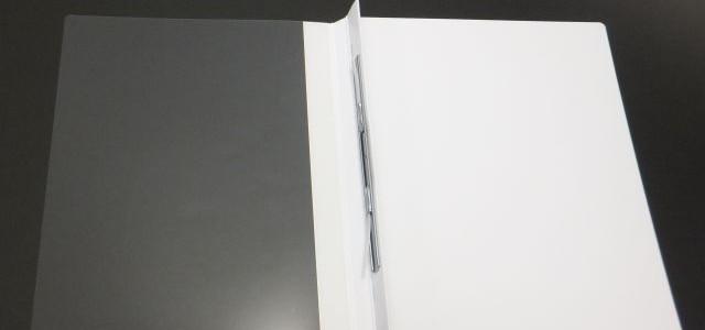 紙なのに透明表紙のファイルです。