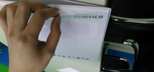 表紙(透明)ポケットにも印刷できます!