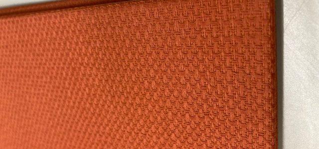 とってもキレイかつ個性的な布クロスで作ったクリアブックです!